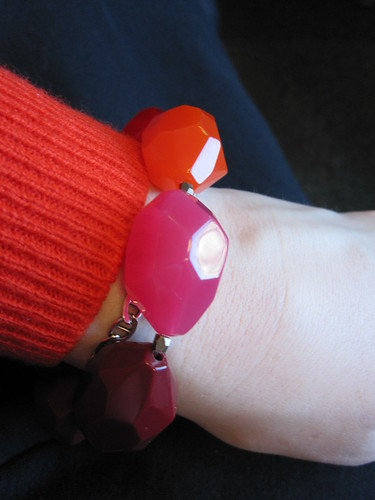 red gap pink orange bead bracelet