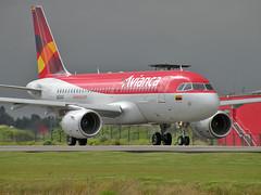 Avianca A320 (Boris Forero) Tags: ecuador colombia bogota aviation airplanes airbus boris guayaquil 320 aviones aviacin avianca forero borisforero