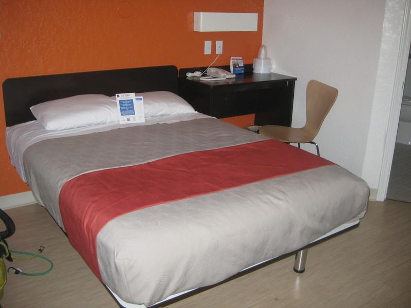 Motel 6, Ikea Style
