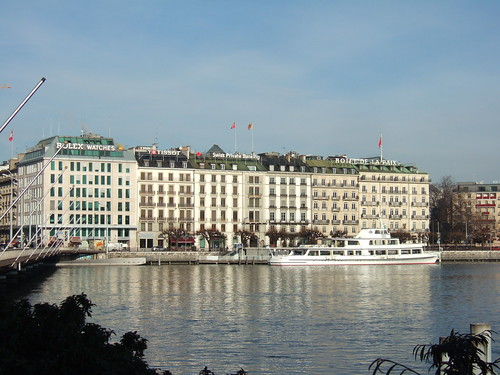 Hotels by Lake Geneva
