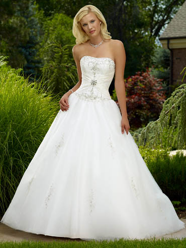 Wedding gown styles strapless with beads and embroidery