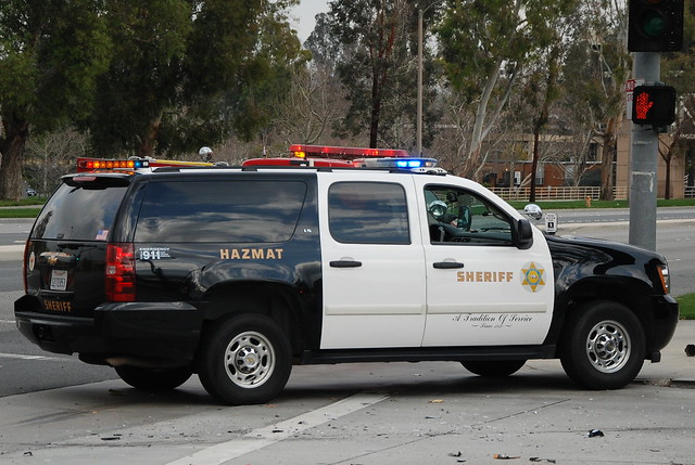 lasd los angeles county sheriff losangelescountysheriff law enforcement laso la l a chevy chevrolet suburban suv hazmat lights department sportutilityvehicle
