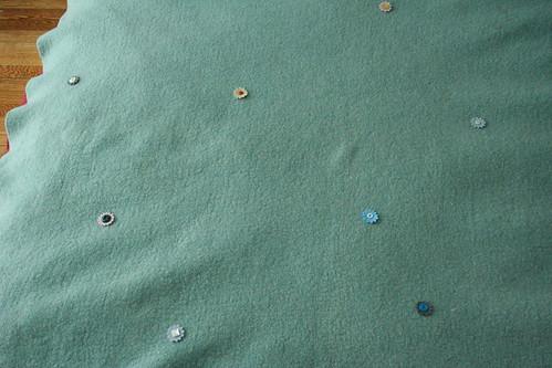 Flower Button Blanket