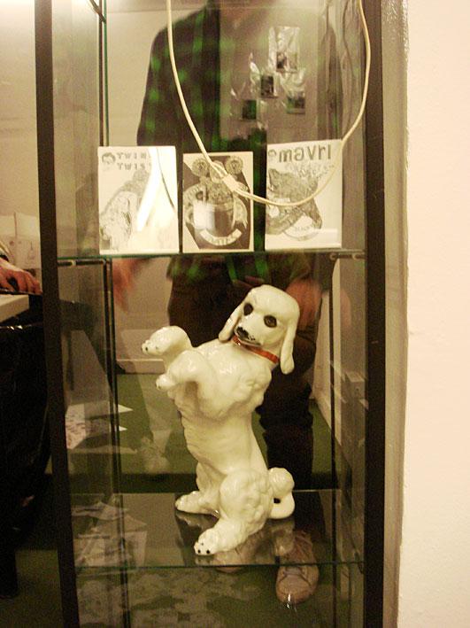 Montaje expo Antoni Hervas en Tiendaderecha