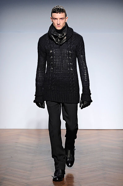 Jacob Coupe3031_FW10_Milan_Pringle of Scotland(nikestav10@mh)