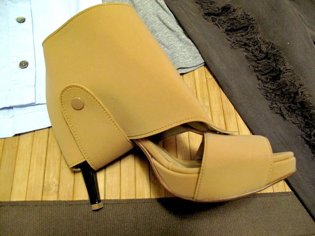yiorgos eleftheriades nude heels 2