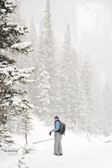 Manray snowshoeing