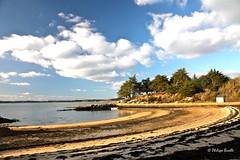 Ile aux Moines (phibu) Tags: mer beach sand waves sable bretagne ciel vagues plage morbihan ileauxmoines golfedumorbihan