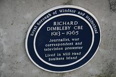 Photo of Richard Dimbleby blue plaque