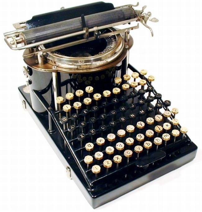 typewriter_41
