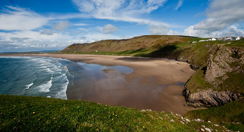 Rhossili Bay - flckr - Travels with a Camera and a dog