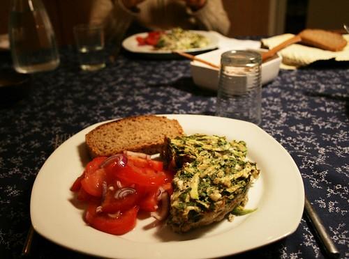 zucchini-kookoo w tomato salad and bread