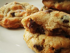 "alton brown's ""the chewy"" chocolate chip cookie - 39"