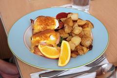 Double Eggs Benny (francesbean) Tags: food philippines foodporn makati mrjones greenbelt5