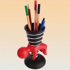 GADG00289-Design-Pennenhouder-Stabbing-rood (gigagadgets) Tags: gifts gadget gadgets cadeau geschenken origineel kado gigagadgets