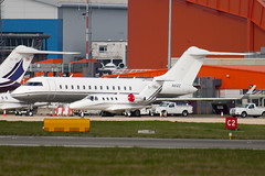N81ZZ - 9020 - Private - Bombardier BD-700-1A10 Global Express - Luton - 100404 - Steven Gray - IMG_9504
