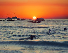 Memories of a beautiful day in Saint Martin. (_Paula AnDDrade) Tags: sunset orange beach yellow saintmartin waves an stmartin caribbean stmarteen netherlandsantilles caribe paulaanddrade