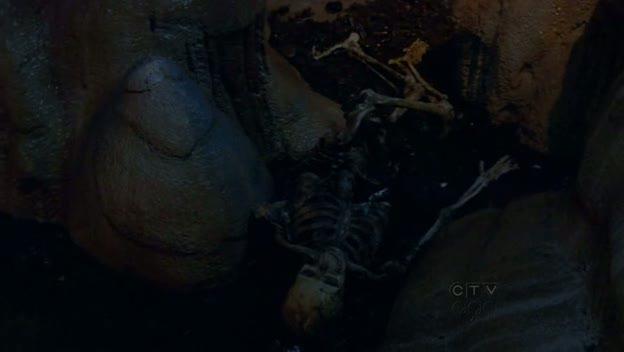 Lost The End esqueleto