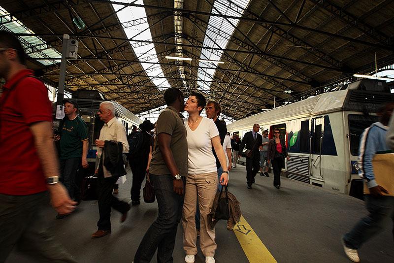People at the Gare Saint-Lazare / Люди на вокзале Сен_лазар