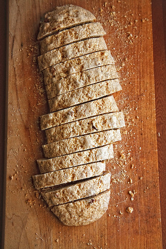 orange nut biscotti-0347 600px