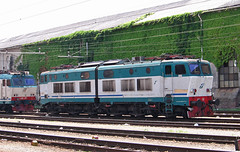 E655.502 (Maurizio Zanella) Tags: italia trains cargo genova railways fs trenitalia treni ferrovie sestriponente e655202