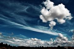Soñar es gratis? (RominikaH) Tags: blue sky azul clouds landscape nikon photos dream free sigma paisaje zaragoza cielo nubes gratis hdr algodon soñar d90 hdraward rominikah 12500mm
