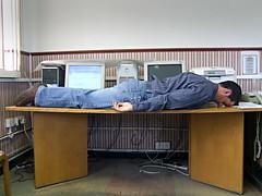 "Lying DOWN on the job 24/52 (Hobo style) Tags: uk selfportrait canon stokeontrent job staffordshire week24 52weeks ""52weeks"" ""canoneos450d"" ""week24""me ""lyingdowngame""work ""lyingdown"""