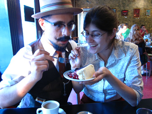 Aitor and Becky having some cake a the Grit.