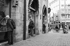 Three Of A Kind (gman_garry) Tags: bw daily streetscenes nuernberg 28mmf18 40d