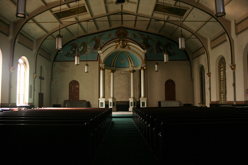 Exploring An Empty Church In Brooklyn | Scouting NY