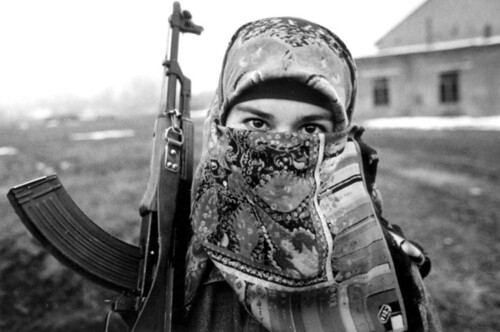 chechen-woman-fighter