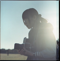 Holding the Hassy (Kannnnaaa) Tags: portrait hasselblad  selfdevelopment