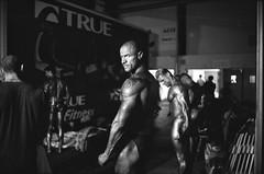 (Laurent Filoche) Tags: france bodybuilding toulouse leicam7 notcropped bodyfitness bonzography kodaktrix4001600 voigtlnder35mmf14