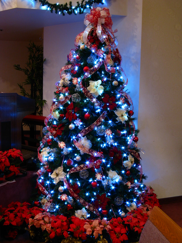 candy cane christmas tree with white led lights mastery of maps tags california - Christmas Tree With White Lights And Red Decorations