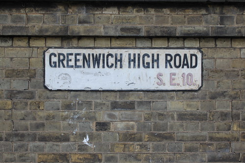 Greenwich High Road street sign