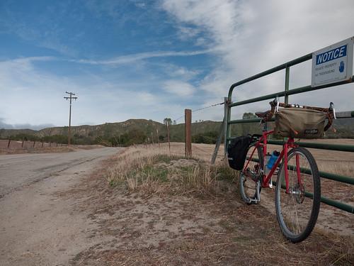 09 Blk Frdy Ride Rawland