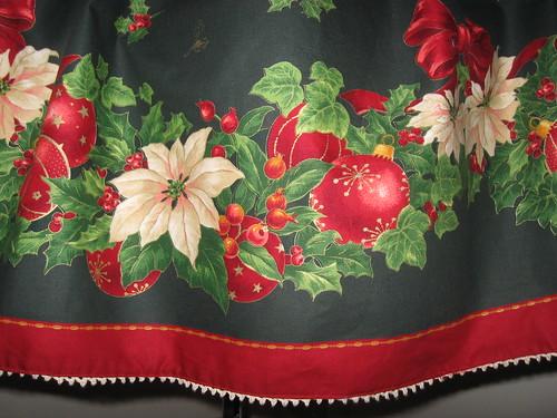 Christmas skirt 2009 015