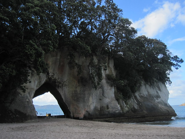 Coromandel Peninsular 18 - Cathedral Cove by Ben Beiske