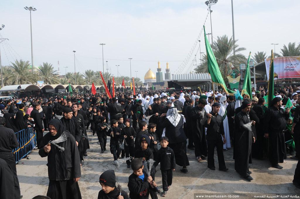 مشاركة الاطفال في العزاء الحسيني بين الحرمين الشريفين في 8 محرم الحرام 1431هـ