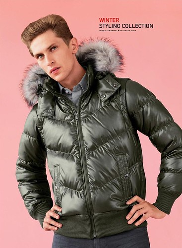 UNIQLO 0061_FW09_Stylebook_Mathias Lauridsen