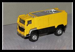 1/87 scale (tomicajapan) Tags: scale toys 1 miniatures die models mini cast 187 87 diecast miniaturas h0