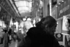 Passer (Snap Shooter jp) Tags: street leica blackandwhite bw film monochrome japan dof bokeh snapshot rangefinder xp2 yokohama 90mm ilford m6 blackdiamond leicateleelmarit90mmf28iii gunyouji