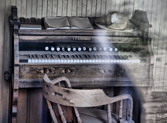 Bodie - 80 (TLC Fotografie) Tags: california park old usa abandoned canon keys town site chair ghost piano historic national ghosttown bodie 2470mm canon5dmarkii