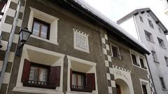 Fassade in Samedan (MarkusBaumgartner) Tags: engadin samedan celerina valbever