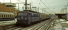 NS 1310 in Emmerich (D), Winter 1982 (Amsterdam RAIL) Tags: station train deutschland gare ns eisenbahn zug bahnhof db cc coco trein 131
