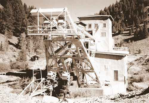 dredging for gold in Idaho