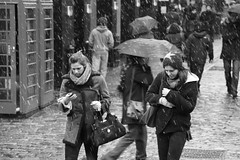 Today is not a snowy day but it's monday :-) (Pierre Mallien) Tags: street uk wedding england people urban bw en snow london girl hat fashion lady umbrella canon shopping garden eos photo nice women holidays raw belgique britain pierre candid stage streetphotography tourist pit covent agency londres coventgarden streetphoto mariage rue mode pour tinker tous londonist streetphotographer photoderue streetstyle streetphotograph coolhunters photographiederue rawstreet modedelarue photographederue pitvanmeeffe 5dmark2 stylehunter mallien pierremallien streetstylers pitvanmeeffeandlookyouagency designinfluencers chasseurdelook photodelarue rechercheunphotographemariage stagephotobelgique walloniestage lemeilleurphotographedemariagedebelgique