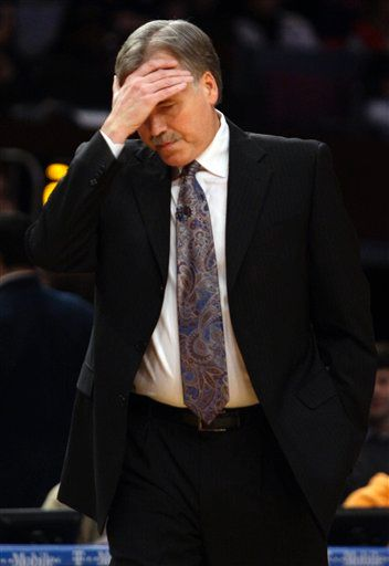 20100115-mike-dantoni-facepalm