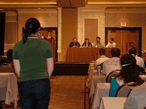 Stephanie Lichtenstein asks a question at GeekCast.fm Live