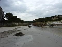 Sur le sentier de Sperone : le ruisseau de Sperone et son étang